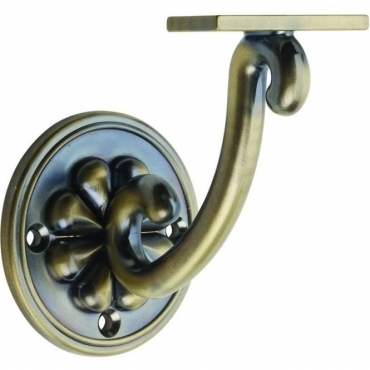 Richard Burbidge Antique Brass Petal Wall Bracket